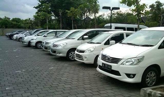 Sewa Mobil Jakarta